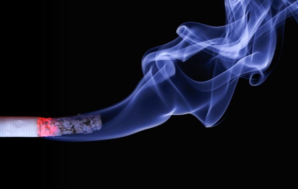 Érd alsó és a dohányzók