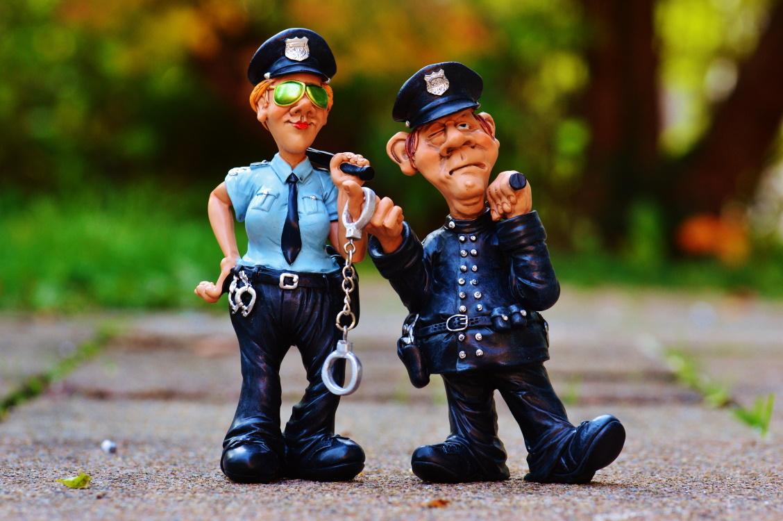 Pár kérdés a rendőrség felé